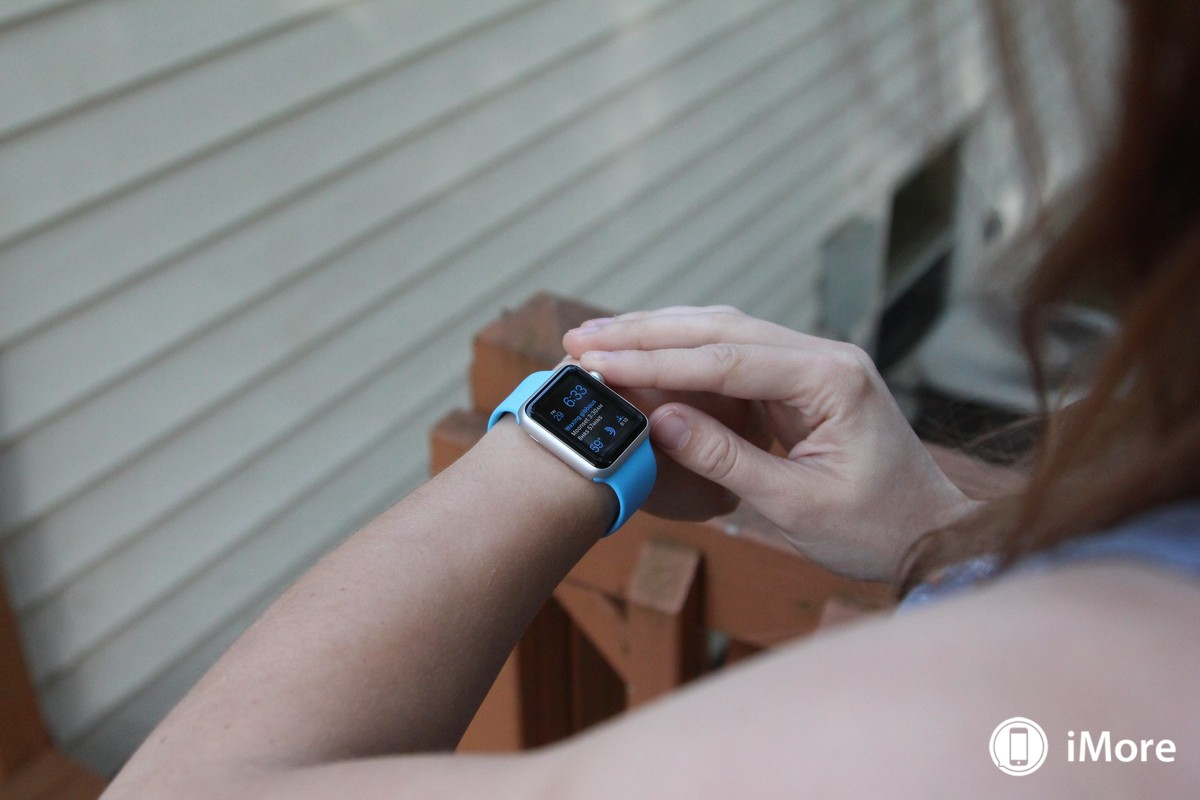 apple-watch-sport-blue-blue-front