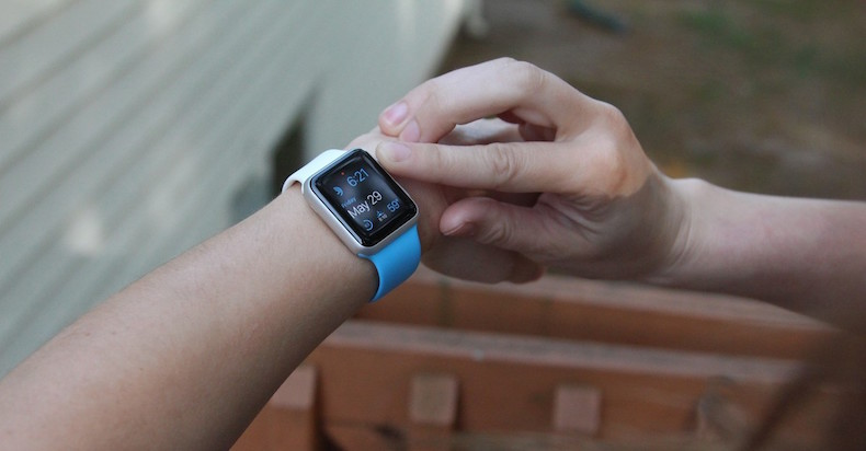 apple-watch-sport-white-blue-front-1